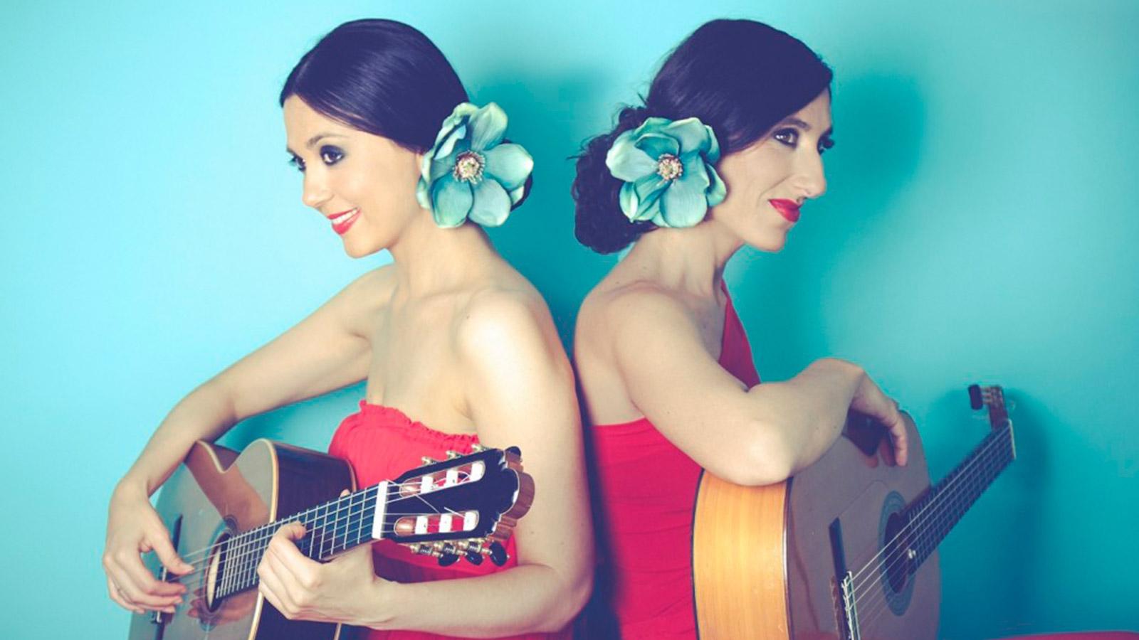 Dúo femenino de guitarra española