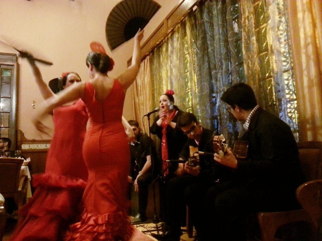 Espectáculo de flamenco con Sevillanas y Rumba en fiesta corporativa